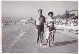 Old Original Photo Naked Nude Boy On The Beach 12x8.4cm 1963 - Torn Through The Upper Left Side - Other