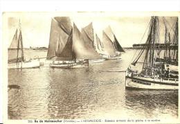 Ile De Noirmoutier. Bateaux Arrivant De La Pêche à La Sardine à L'Herbaudiere. - Ile De Noirmoutier