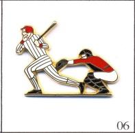Pin´s Sport - Baseball. Est Arthus Bertrand. Zamac. T378-06 - Baseball