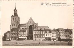 TIENEN - TIRLEMONT (3300) : Eglise St. Germain Et Marché Au Bétail - St. Germanus Kerk En Koeimarkt. Cliché Rare. CPSM. - Tienen