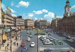 Ph-CPM Espagne Madrid (Madrid) Puerta Del Sol, Autos Années 60 - Madrid