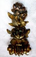 RARE SUPERBE FRONTON D�CORATION SCULPTURE ANCIENNE ROSES COQUILLES EN BRONZE   HAUTEUR 21 cm ENVIRON LARGEUR 8.5 cm ENVI