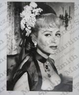 Big Size Real Photograph - Movie/ Film Actress - Martine Carol - 17.8 X 24 Cm - Personalidades Famosas