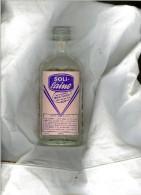 Flacon En Verre  Solilaine Années 50 Sans Bouchon Dos Moullage Quadrille Hauteur 18cm Largeur 8cm - Autres Collections