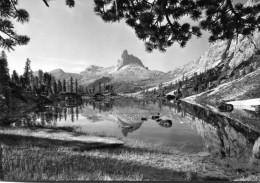 Lago Da Lago. Becco Di Mezzodì (Cortina) - Italia