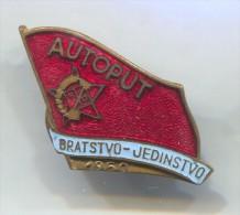 ORA RADNA AKCIJA Yugoslavia - AUTOPUT 1950. National youth working stocks, enamel vintage pin badge, 35 x 25 mm