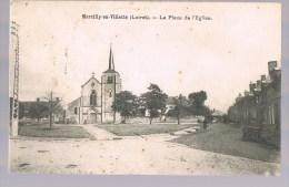 MARCILLY - En - VILLETTE . La Place De L'Eglise . - Autres Communes