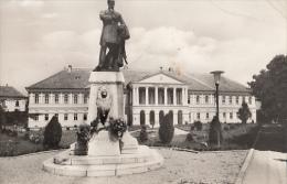 22875- MAKO- TOWN HALL, KOSSUTH LAJOS MONUMENT - Hongrie