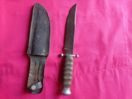 Couteau Sabatier-poignard Des Chantiers De Jeunesse-scoutisme- - Knives/Swords