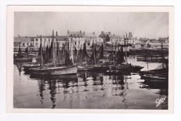 29 Guilvinec N°2 Très Belle Vue D´ensemble Du Port Bateaux De Pêche - Guilvinec