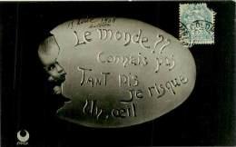 Belle Carte   -  Oeufs -  Bébé Sortant De L 'Oeufs      D863 - Pâques