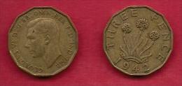 UK, 1942, Very Fine Used Coin, 3 Pence, George VI, Nickel-Brass,  KM 849, C2782 - F. 3 Pence