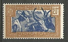 MADAGASCAR N� 167  NEUF* TRACE DE  CHARNIERE  / MH