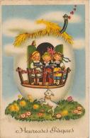 """ENFANTS - Jolie Carte Fantaisie Enfants Chantant Dans Maison Oeuf De """"Heureuses Pâques"""" - Photochrom 262 - Pâques"""