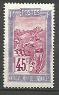 MADAGASCAR N� 159  NEUF* TRACE DE  CHARNIERE  / MH