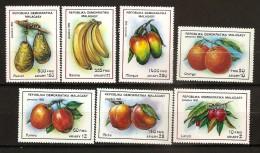 Madagascar 1992 n� 1053 / 9 ** Fruits, Letchi, Orange, Pomme, P�che, Banane, Avocat, Mangue, Sucre, Cuisine, Botanique