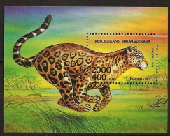 Madagascar 1994 n� BF 94 ** Faune, Animaux f�roces, Panth�re, Panthera onca, Course, Savane, Chat, L�opard, F�lin