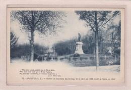 ANCENIS - 44 - MONUMENTS - STATUE DE JOACHIM DU BELLAY NE A LIRE EN 1525? MORT A PARIS EN 1560 - Ancenis