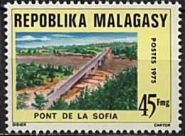 Madagascar, n� 559** Y et T