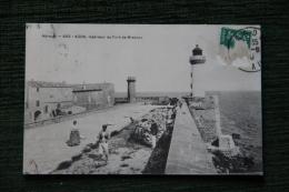 AGDE - Intérieur Du Fort De BRESCOU, Le Phare. - Agde