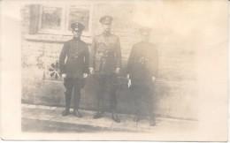3 OFICIALES DE POLICIA CPA 1890 BUENOS AIRES L'ARGENTINE DOS DIVISE UNCIRCULATED UNIFORMES BARDAS UNIFORMS POLICEMEN - Politie-Rijkswacht