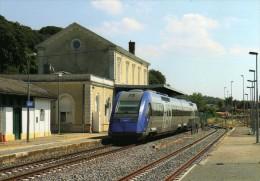 RU 1426 - Autorail X 72523 En Gare - SARLAT - Dordogne 24 - SNCF - Sarlat La Caneda