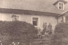 AK Bad Schwarzbach I Isergebirge -s'Berghäusel 1942 / Familie Kirsch -seltene Foto-Ansichtskarte !!! - Allemagne
