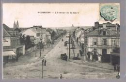 SOISSONS . L'Avenue De La Gare . - Soissons