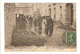 TOURS - INDRE ET LOIRE - CRUES DE LA LOIRE 1907 - LA LOIRE MENACE D´INONDER PAR LES EGOUTS LE QUARTIER SAINT SYMPHORIEN - Tours