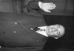 Photo  De Presse -   PREFET  -  Le Prefet D´ORAN PIERRE LAMBERT  En 1958 - Geïdentificeerde Personen