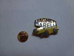 Superbe Pin´s En EGF , Auto , Magneti Marelli , Piéce Auto , Battery - Unclassified