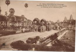 Carte Postale Ancienne De CAMBODGE - ANGKOR-VATH - PROCESSION EN L'HONNEUR DU MARECHAL JOFFRE - Cambodia