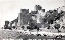 RUMELI HISARI - ISTANBUL, Quemeli Hissar Fortresses Bosphorus, Kleinformatkarte 1960 Gel., 2 Sondermarken - Türkei
