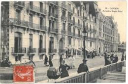 14 CABOURG Devant Le Grand Hôtel - Cabourg