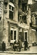 Belgique WWI Ypres Enfant Marchand De Rues Bonneterie Casier Ruines Ancienne Photo Meurisse 1918 - War, Military