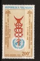 Madagascar 1968 n� PA 104 ** OMS, Organisation mondiale de la sant�, M�decine, Science, Caduc�e, B�uf, Z�bu, M�decin