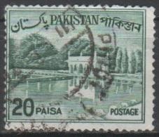 N° 184 A O Y&T 1963-1970 Jardin De Shalimar à Lahore