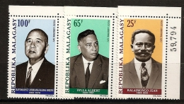 Madagascar 1971 n� PA 114 / 6 ** Jean Ralaimongo, Albert Sylla, Joseph Ravoahangy Andrianavalona, Franc-ma�on, Ministre