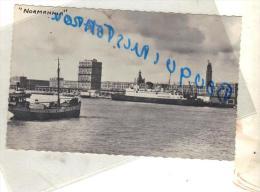 Cpsm  Bateau Navire Identifié LE NORMANIA A  LE HAVRE  TRANSPORT DE PASSAGERS COMMERCE MARITIME - Comercio