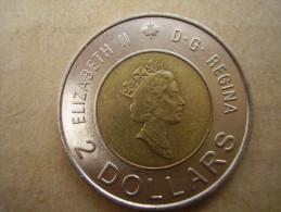 CANADA 2000 TWO DOLLARS Bi-mettalic COIN Aluminium-bronze With Center In Nickel USED. - Canada