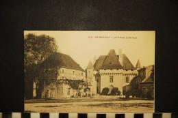 CP, 16, BARBEZIEUX Le Château Côté Sud Ecrite - France