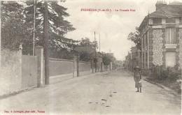 Yvelines : Freneuse, La Grande Rue - Freneuse
