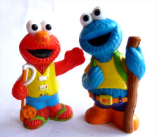 SESAME STREET - JIM HENSON 2 Figurines COOCKIE MONSTER MACARON ET GROBI FIGURINE MUPPETS INC Figurine - Other