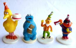 SESAME STREET - JIM HENSON 4 Figurines WOODRIDGE BIBO MACARON ERNIE ET BERT FIGURINE MUPPETS INC Figurine - Figurines