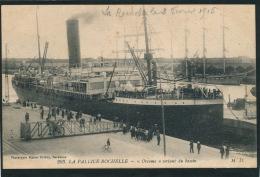 "LA PALLICE ROCHELLE - BATEAUX - ""ORCOMA "" Sortant Du Bassin - La Rochelle"