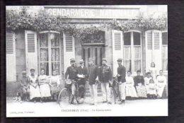 Gendarme / Tinchebray 61 / La Gendarmerie / Bicyclette / Reproduction ! / 15 éme Salon Multicollection 2011 - Police - Gendarmerie