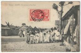 Sénégal - DAKAR - En écoutant Le Tam-Tam - Sénégal