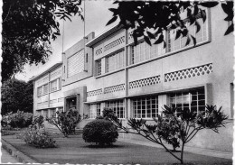 USUMBURA - BUJUMBURA ,  Les Services Administratifs Du ....... - Ruanda-Urundi