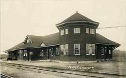 240179-New York, Richland, RPPC, Rome Watertown & Ogdensburg Railroad Station, Depot, B.S. Peach Series Photo - Gares - Sans Trains