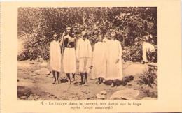 ETHIOPIE - Le Lavage Dans Le Torrent (on Danse Sur Le Linge Après L'avoir Savonné) - Etiopía